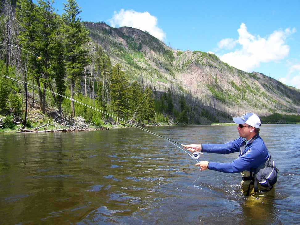 Guided fly fishing trips in yellowstone national park for Yellowstone lake fishing