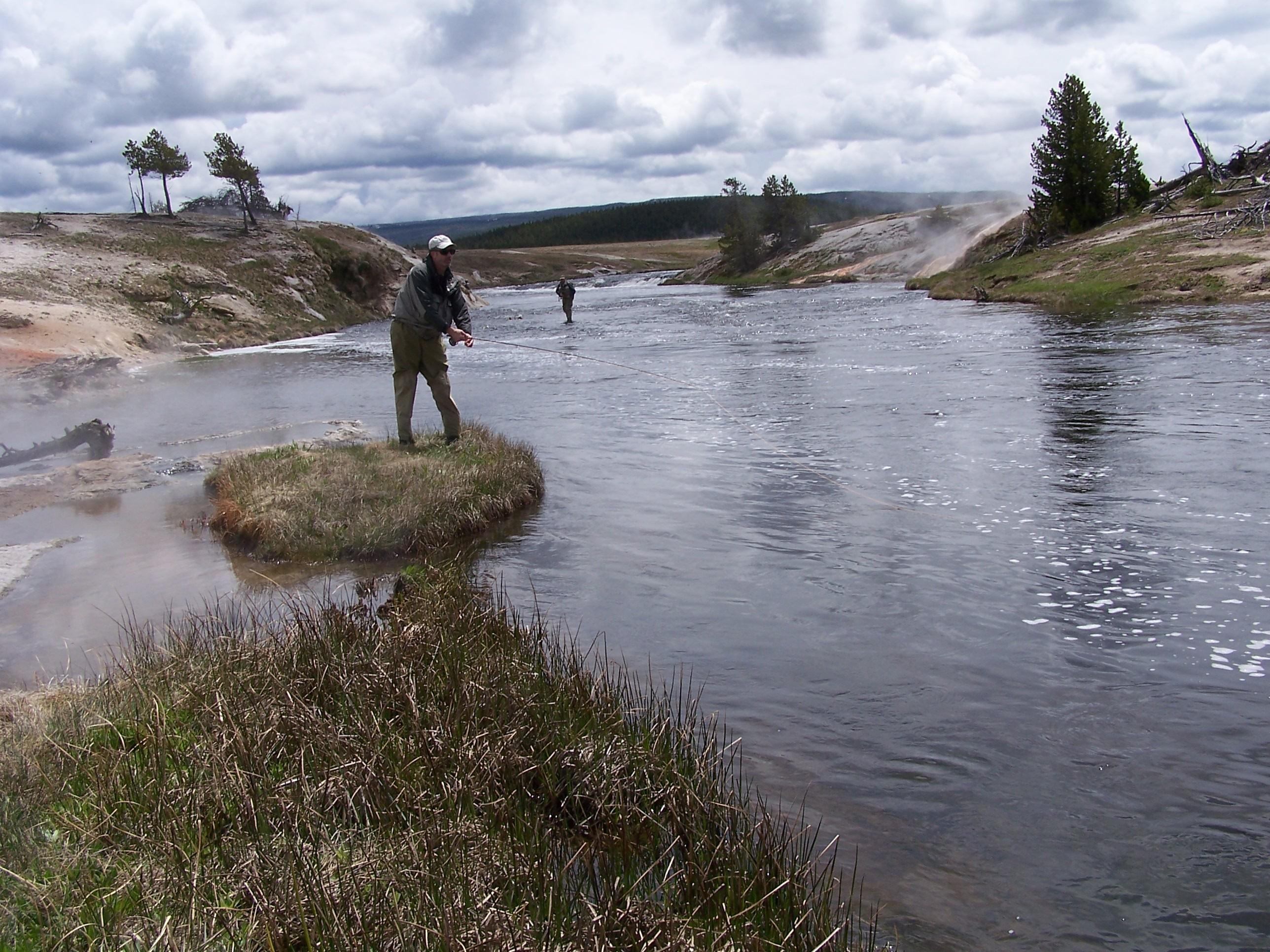 Yellowstone fly fishing report jackson hole for Fly fishing yellowstone river
