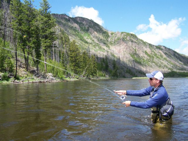 Yellowstone fly fishing report jackson hole for Lake jackson fishing report